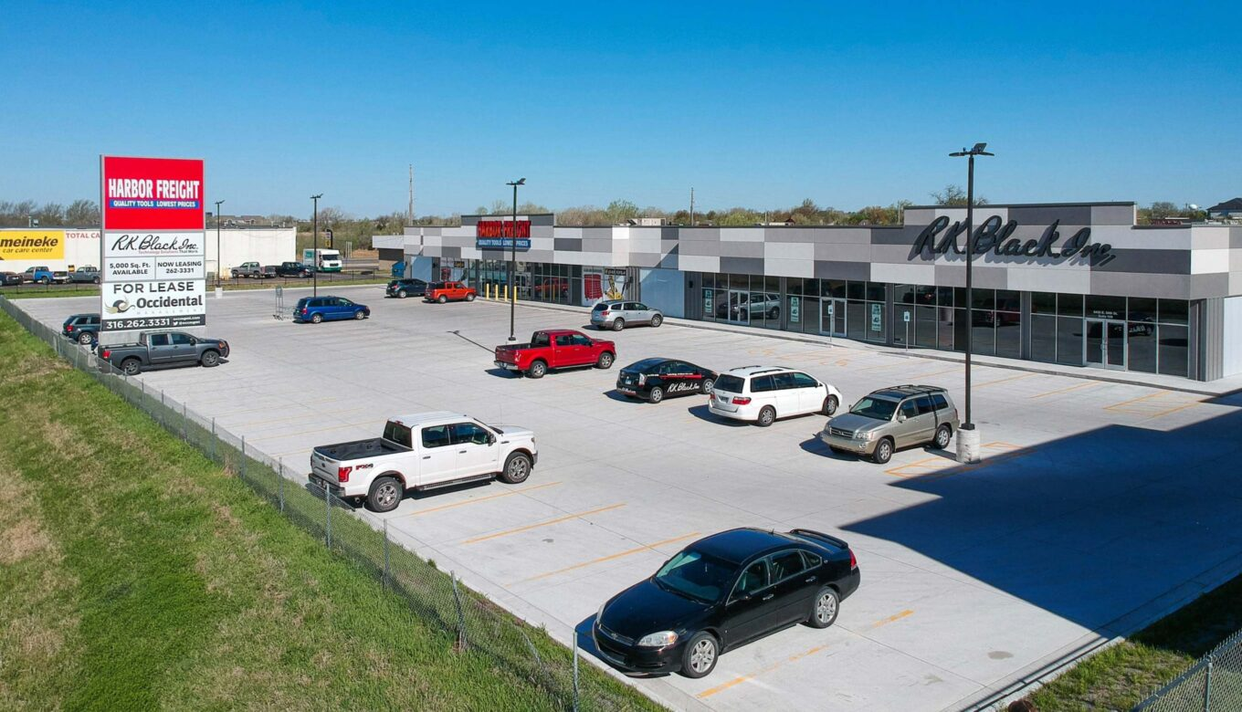 Occidental-Management_Wood 96 Spaces for Lease in Wichita KS-1